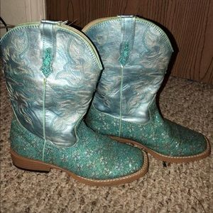 Cowgirl boots Ropers size 2